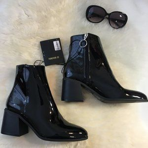 NEW Forever 21 Black Patent Shiny Boots Zip 7.5